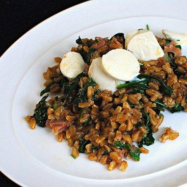 Prosciutto and Spinach Farro Salad