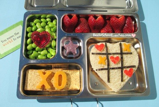 Tic Tac Toe: Valentine's Day Lunch Box