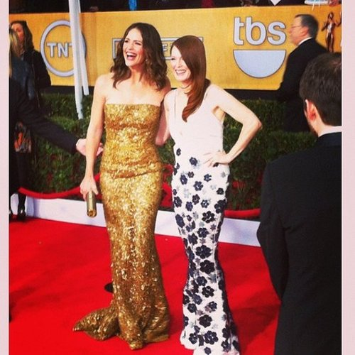 Jennifer Garner and Julianne Moore looked glamorous together at the SAGs. Source: Instagram user popsugar