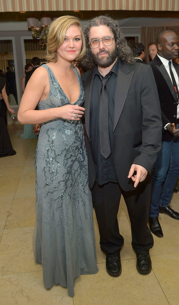Julia Stiles and Judah Friedlander met up inside the Weinstein Company SAGs party.