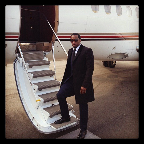 Diddy got ready to hop aboard his private jet. Source: Twitter user iamdiddy