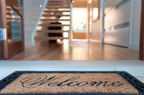 5 Tips for a Clutter-Free Entryway