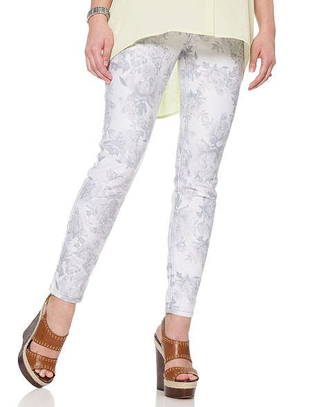 Floral is where it's at this season, and Jessica Simpson's 5 Pocket Skinny Leg Maternity Jeans ($69) follow the trend in a comfortable way with an extra-long belly panel.