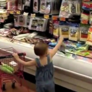 Adorable Video of Toddler's Grocery Shopping Trip