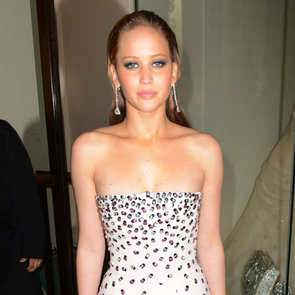 Jennifer Lawrence Loses at BAFTAs 2013 | Video