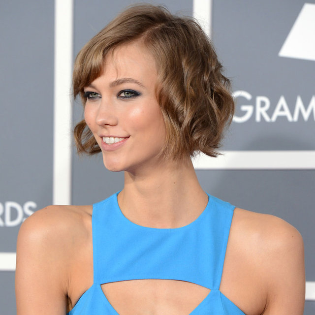 Pictures of Karlie Kloss at the 2013 Grammy Awards