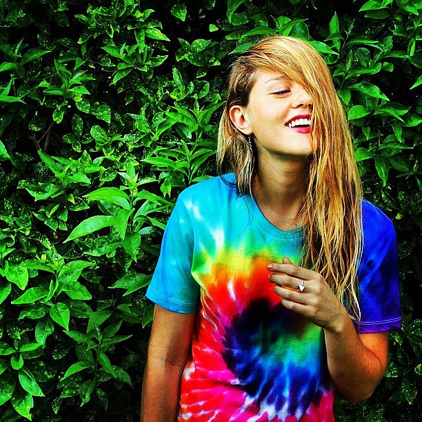 Isabelle Cornish got wet and wild with a little help from a tie-dye tee. Source: Instagram user isabellecornishh