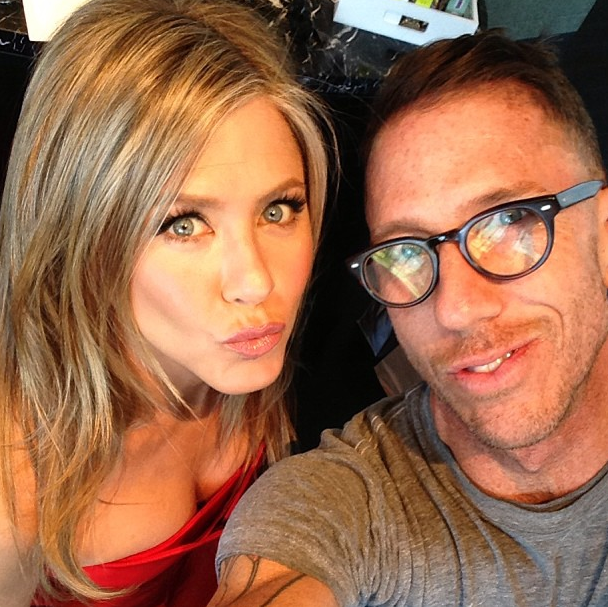 Jennifer Aniston posed with hair guru Chris McMillan prior to the Oscars. Source: Instagram user mrchrismcmillan