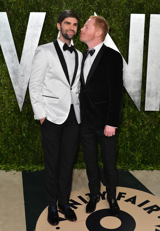 Jesse Tyler Ferguson and Justin Mikita arrived at the Vanity Fair Oscar party on Sunday night.