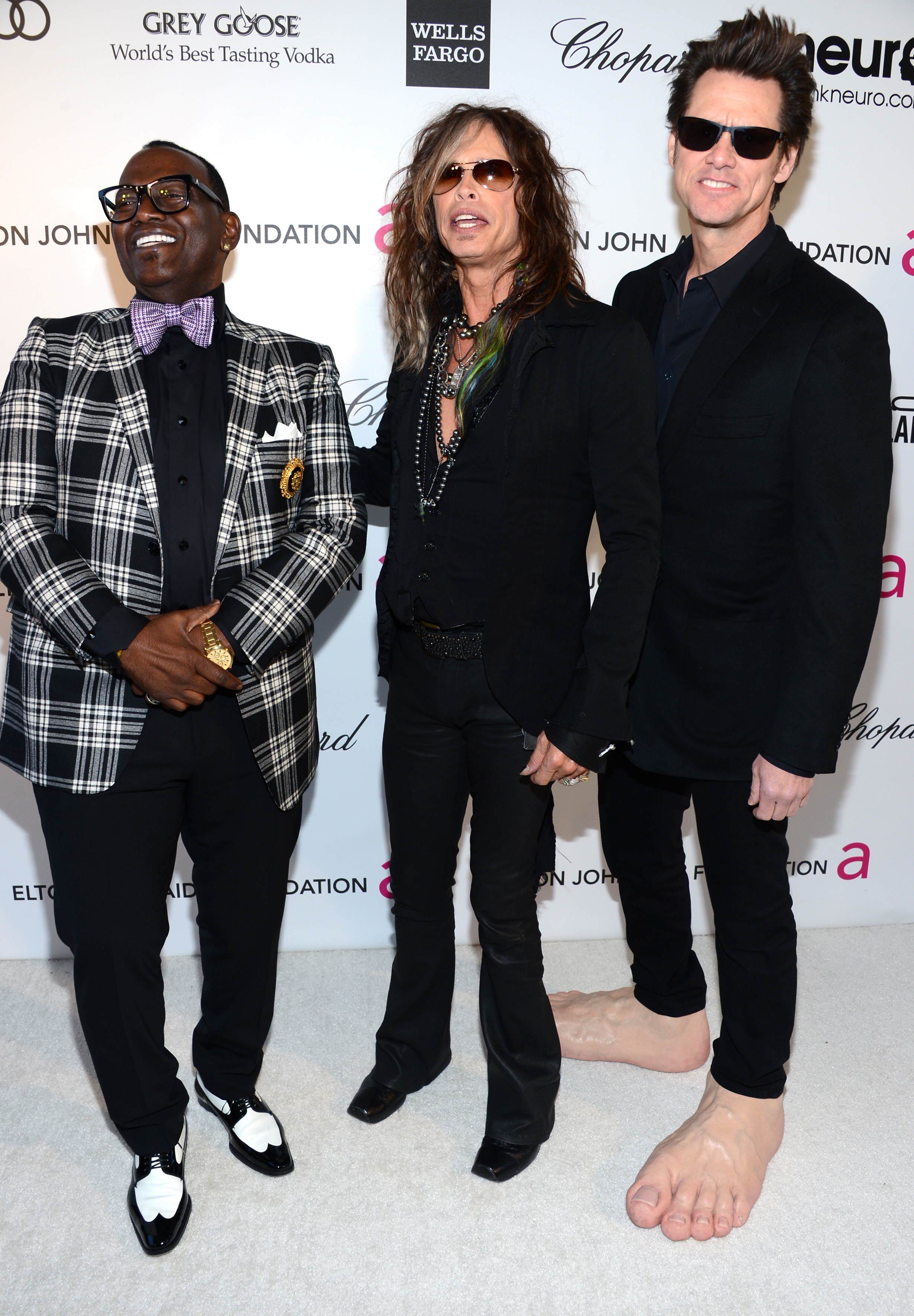 Steven Tyler, Randy Jackson, and Jim Carrey all had a laugh together as they arrived at Elton John's viewing party.