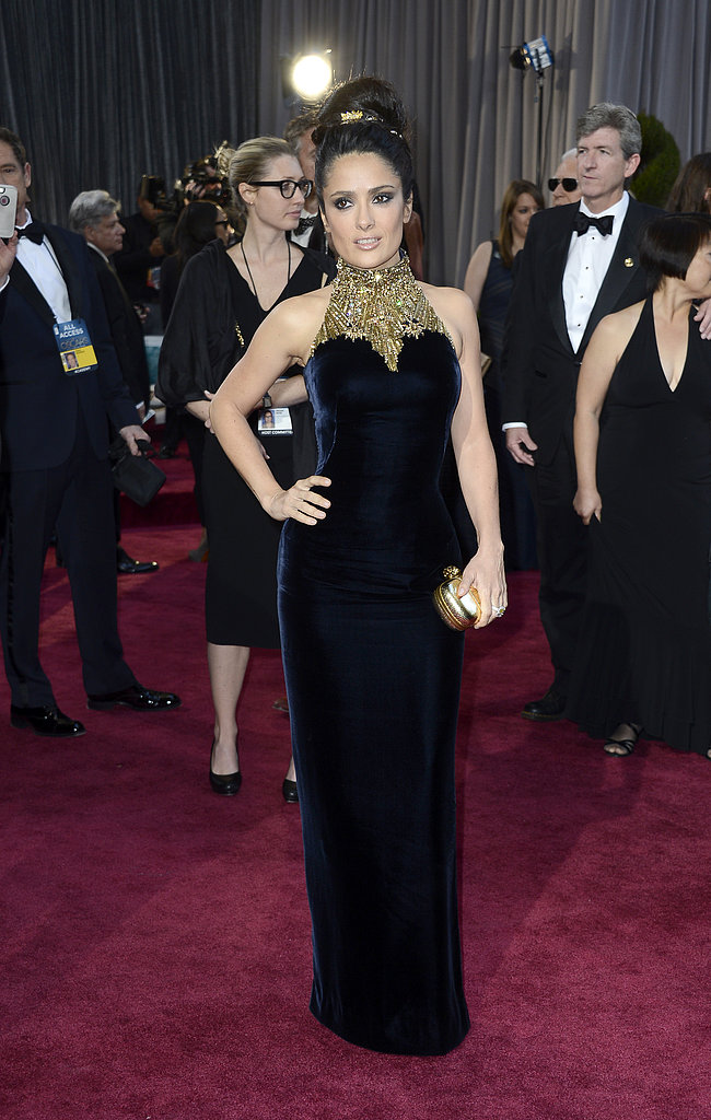 Salma Hayek posed on the red carpet at the Oscars.