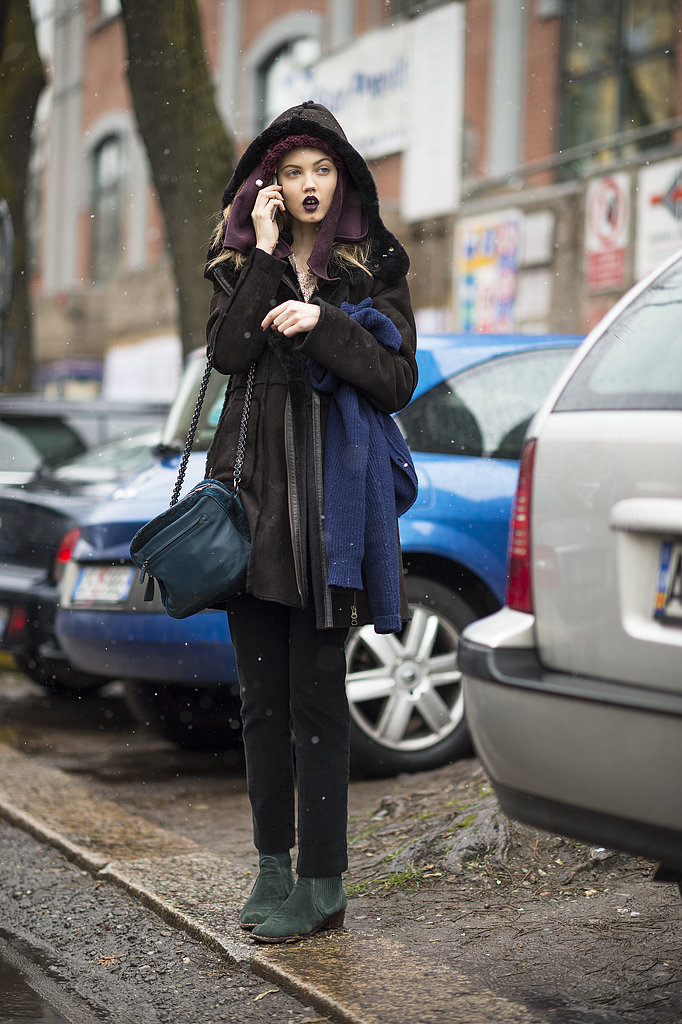 Lindsey Wixson showed off dark lips and richly hued accessories. Source: Le 21ème | Adam Katz Sinding