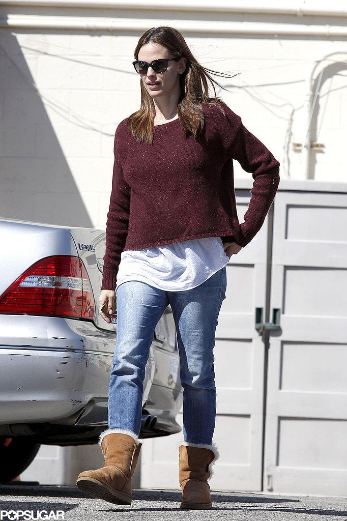 Jennifer Garner kept it casual in jeans and Ugg boots.