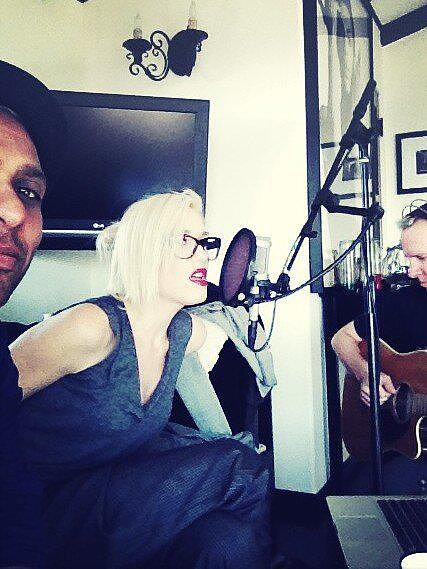 Gwen Stefani was back in the studio with her No Doubt bandmates. Source: Facebook user No Doubt