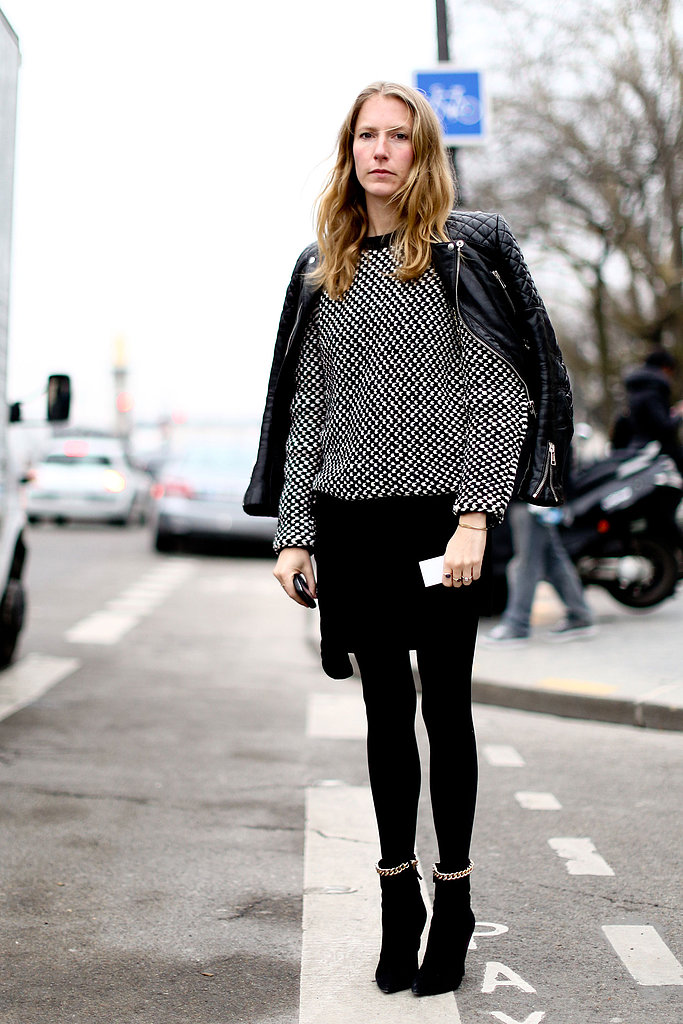 A smart knit added a more casual feel to this showgoer's all-black look.