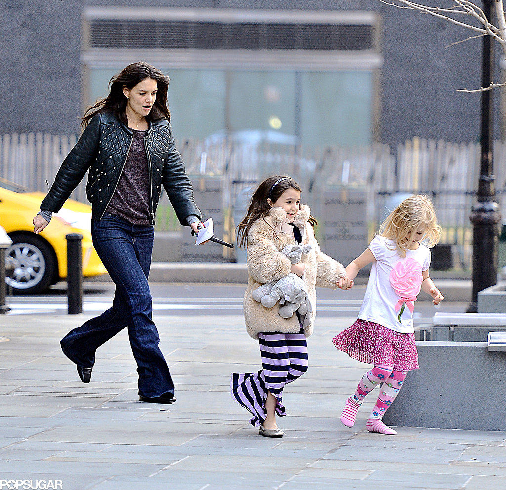Anne Hathaway Opens Up About Her History With Rage: Katie Holmes And Suri Cruise On Playdate In NYC
