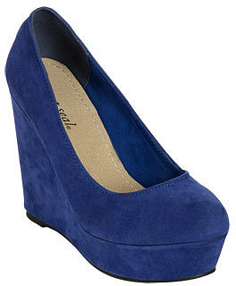WetSeal Faux Suede Wedge Blue