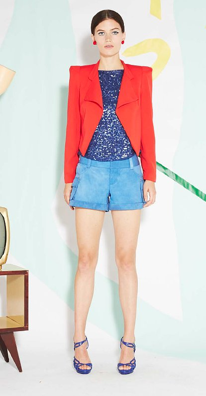 Talk about a statement jacket. The red blazer took this look from stylish to standout.