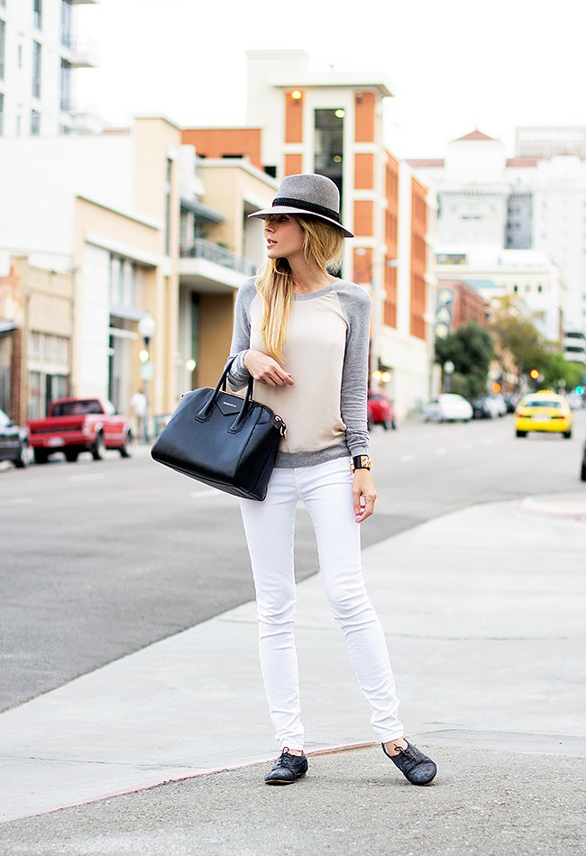 Give your denim routine a seasonal update in white, then top it off with a creamy colorblocked sweater. Source: Lookbook.nu
