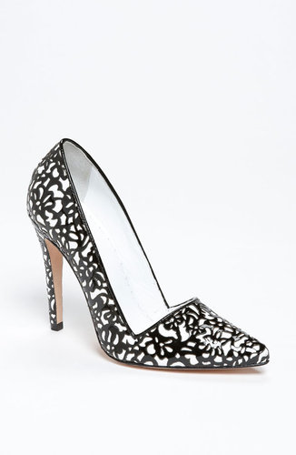 Alice + Olivia 'Dina' Pump