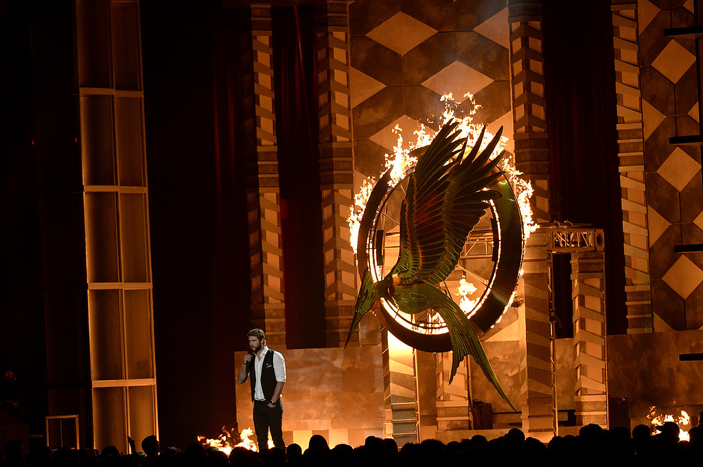 Liam Hemsworth Heats Up the MTV Movie Awards Stage