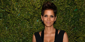 "Halle Berry Debuts Her Baby Bump and Talks ""Surprising"" Pregnancy"