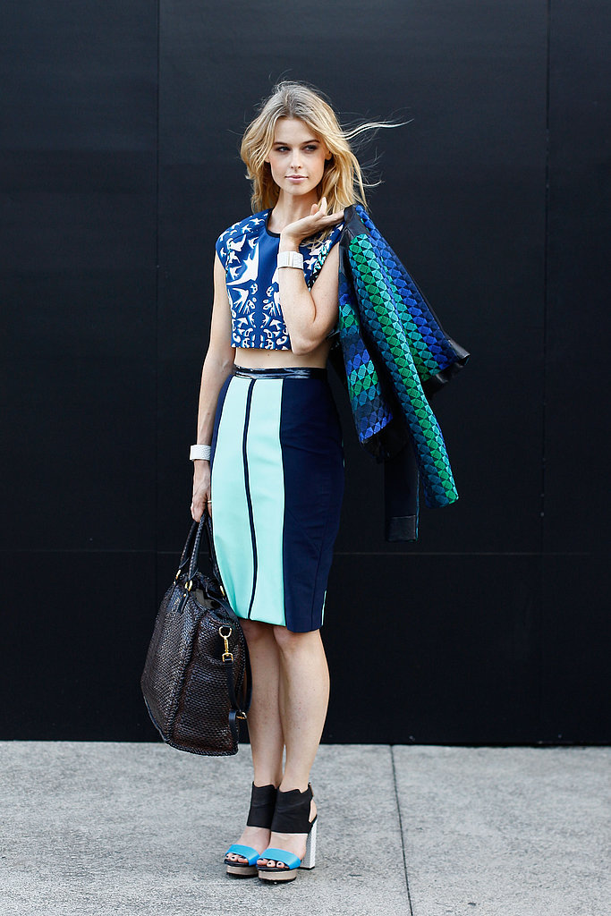 It was all about the color contrasts and modern silhouettes in this pencil skirt and crop top look.