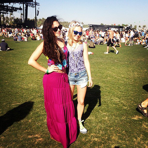 AnnaSophia Robb posed in her American Eagle apparel at Coachella. Source: Instagram user annasophiarobbofficial