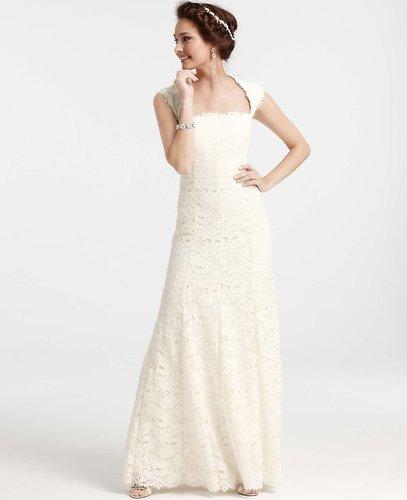 Isabella Lace Wedding Dress