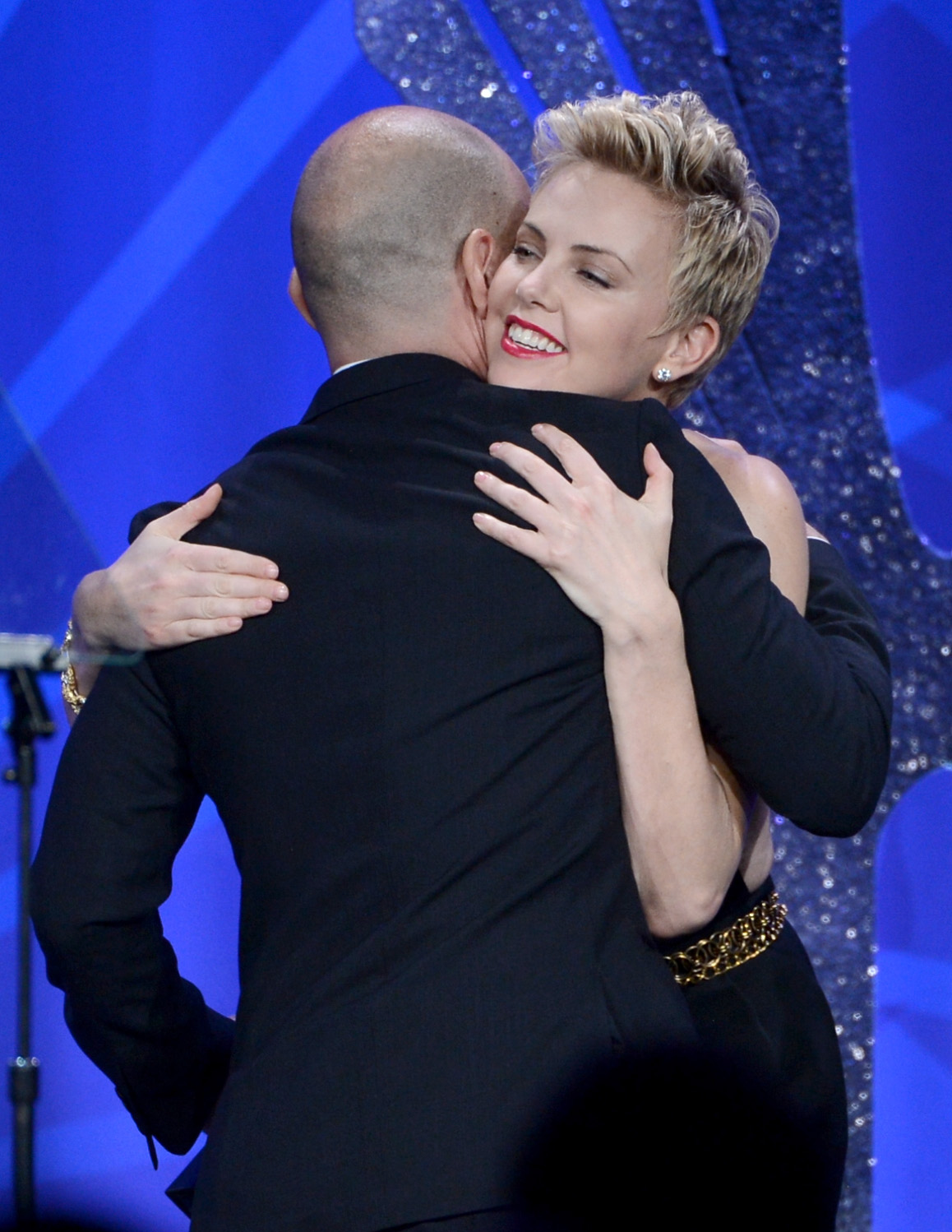 Charlize, Jennifer, and Drew Get Glamorous For the GLAAD Awards