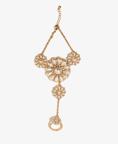 FOREVER 21 Pearlescent Flower Hand Chain