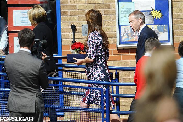 Kate Middleton walked into the school.