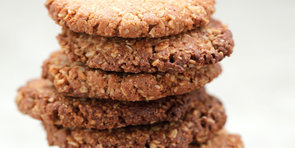 Anzac Day Special: Healthy Anzac Cookies
