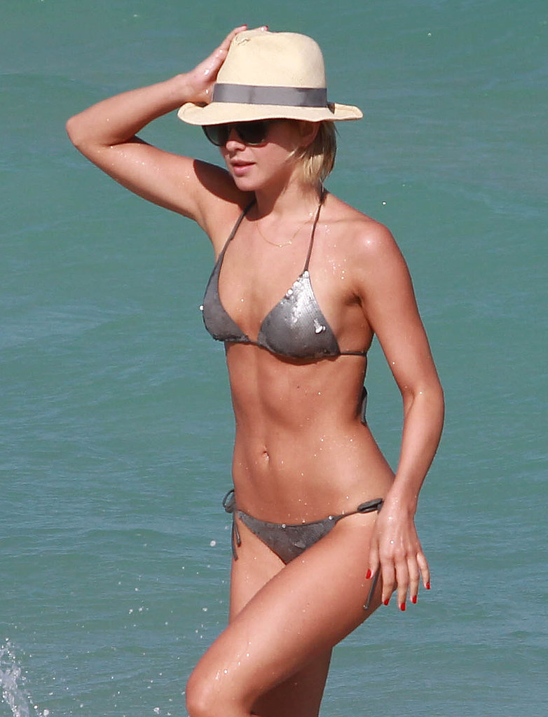 Julianne Hough showed off her bikini body in Miami.