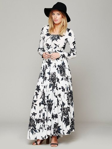 First Kiss Print Maxi Dress