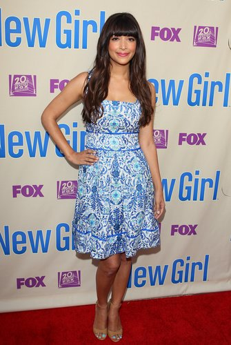 Hannah Simone was undeniably lovely in this Tory Burch blue printed Ramona dress ($450) and tan ankle-strap sandals at the New Girl screening in LA.