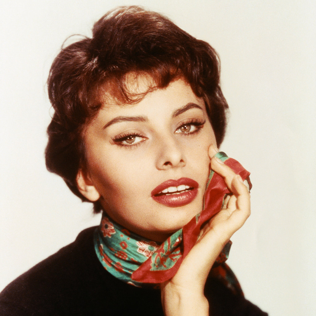 Sophia Loren | 13 of the 1950s' Most Iconic Hairstyles