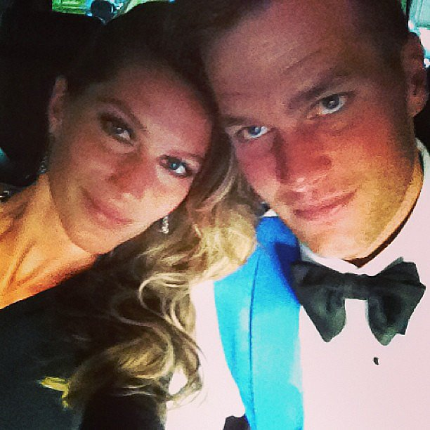 Gisele Bundchen snapped a photo of she and husband Tom Brady en route to the red carpet. Source: Instagram user giseleofficial