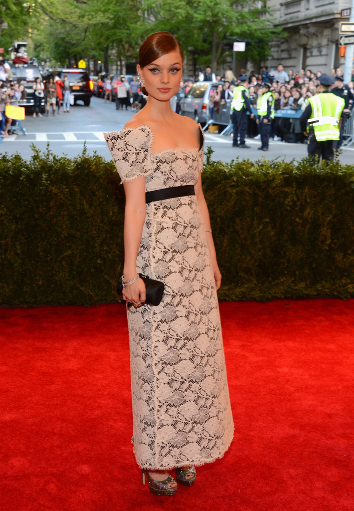 Bella Heathcote chose a square-neck Chanel cream lace embroidered dress and Chanel fine jewelry.