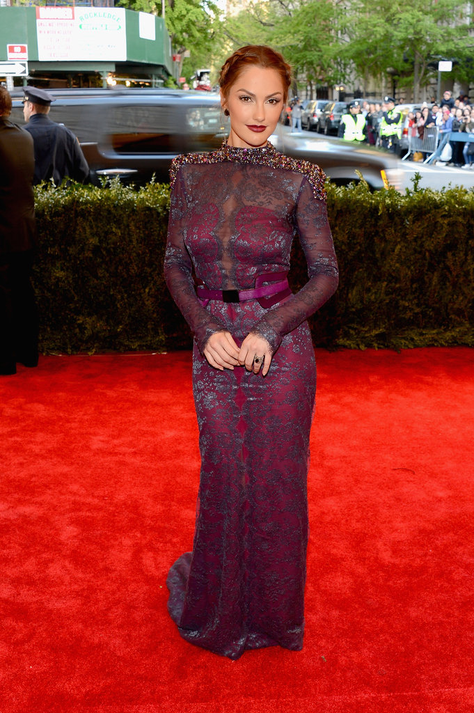Minka Kelly vamped it up in a plum outfit.