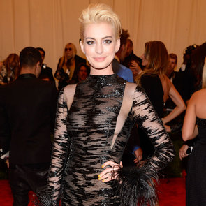 Anne Hathaway Wear Sheer Vintage Valentino to 2013 Met Gala