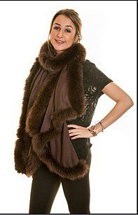 Fine-Pashmina Shawl with Chocolate Fox Fur