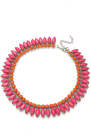 8 Other Reasons The Melrose Avenue Necklace