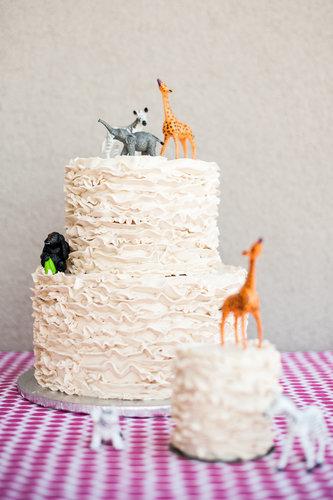 A Shabby-Chic Safari Cake