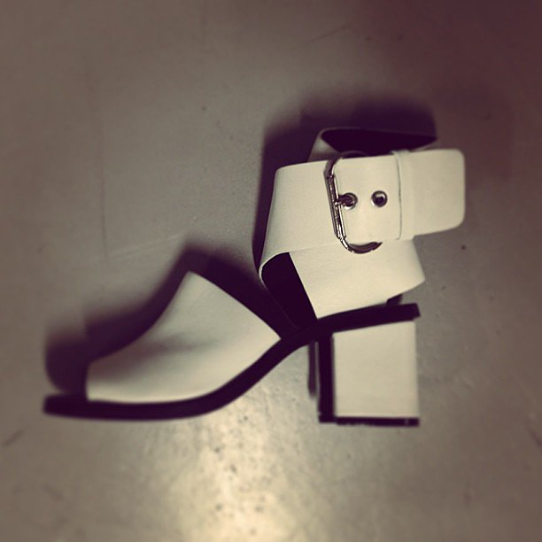 Look at this clever little thing! Sandal, boot, buckles, white. . . so many trends covered in one Skin package.