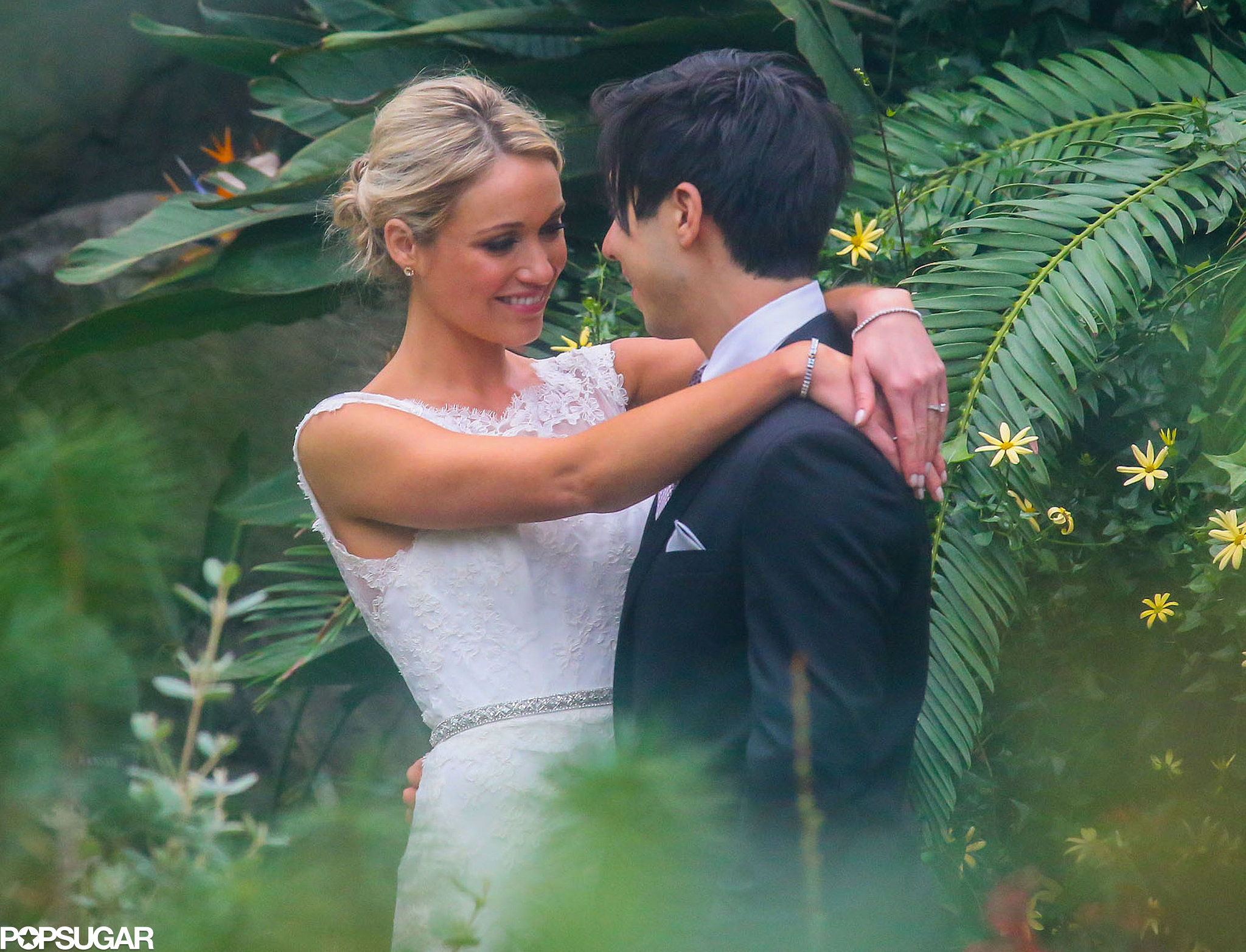 Katrina Bowden and Ben Jorgensen held their wedding ceremony at the Brooklyn Botanic Gardens.