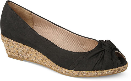 Life Stride Shoes, Latrosse Wedges
