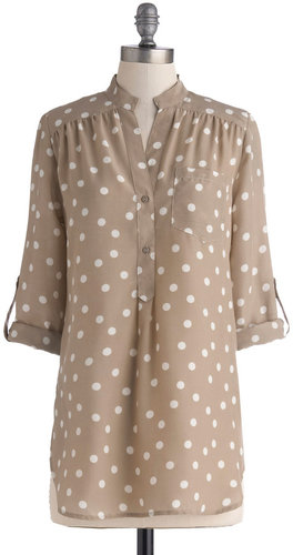 Hosting for the Weekend Tunic in Taupe