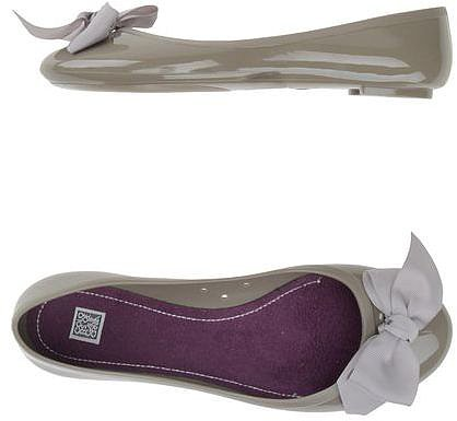 COLORS OF CALIFORNIA Ballet flats