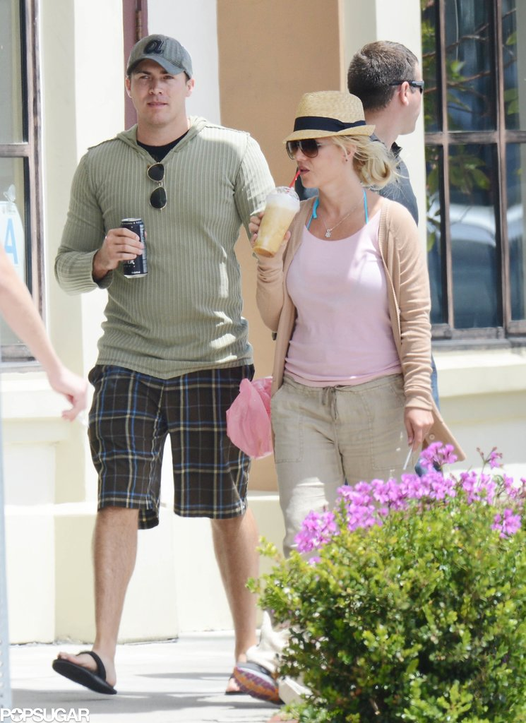Britney spears and david lucado took a walk around for Memorial day weekend getaways near nyc